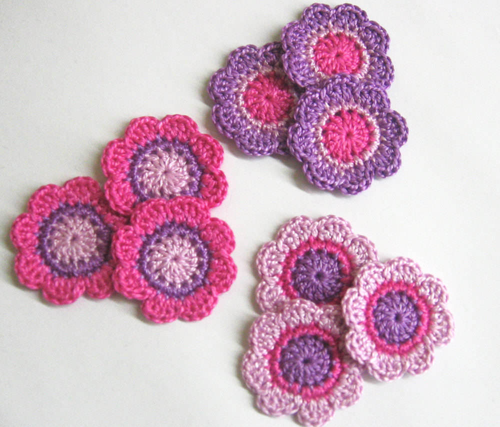Handmade cotton flower motifs appliques in purple and pink shades 1,4 inches set of nine